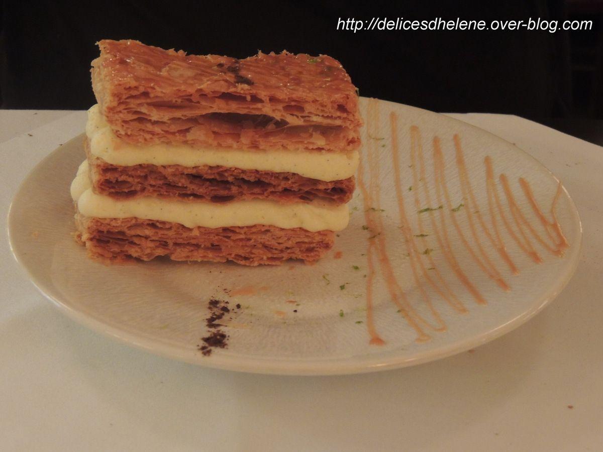 Mille-feuille minute tradition Thoumieux (joli dessert, crème vanille aérée, peu sucré)