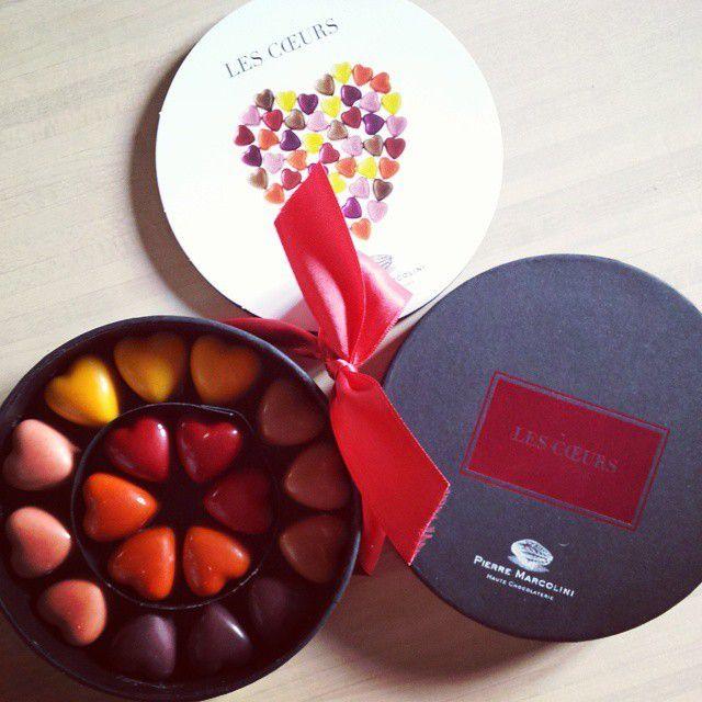 Et pour terminer, même s'il n'y a pas de recettes en forme de coeur aujourd'hui sur le blog, N'oublions pas que c'est la journée de l'amour!