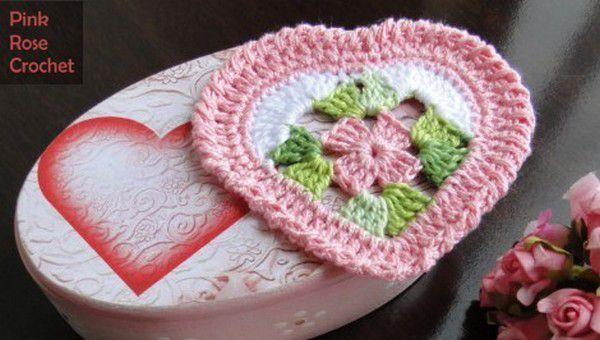 Coeurs décoratifs aux rangs colorés , avec leurs grilles gratuites !