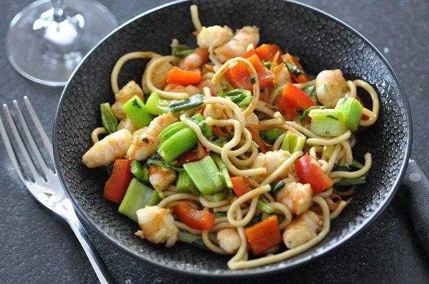 Wok de légumes croquants aux crevettes