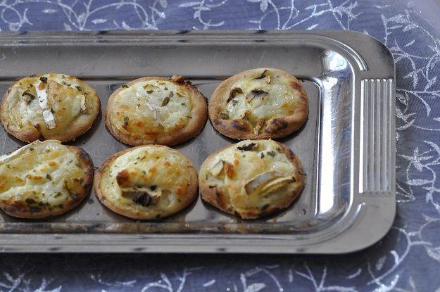 Mini pizza crème chèvre champignon (pizza blanche)