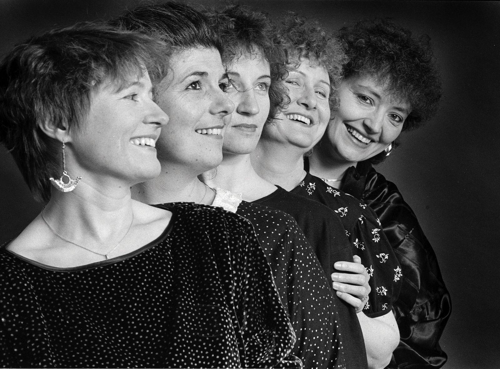 Roulez Fillettes : Sylvie Berger - Michèle Delabbaye - Yannick Guilloux - Solange Panis - Evelyne Girardon (Photo: Christian Ganet)