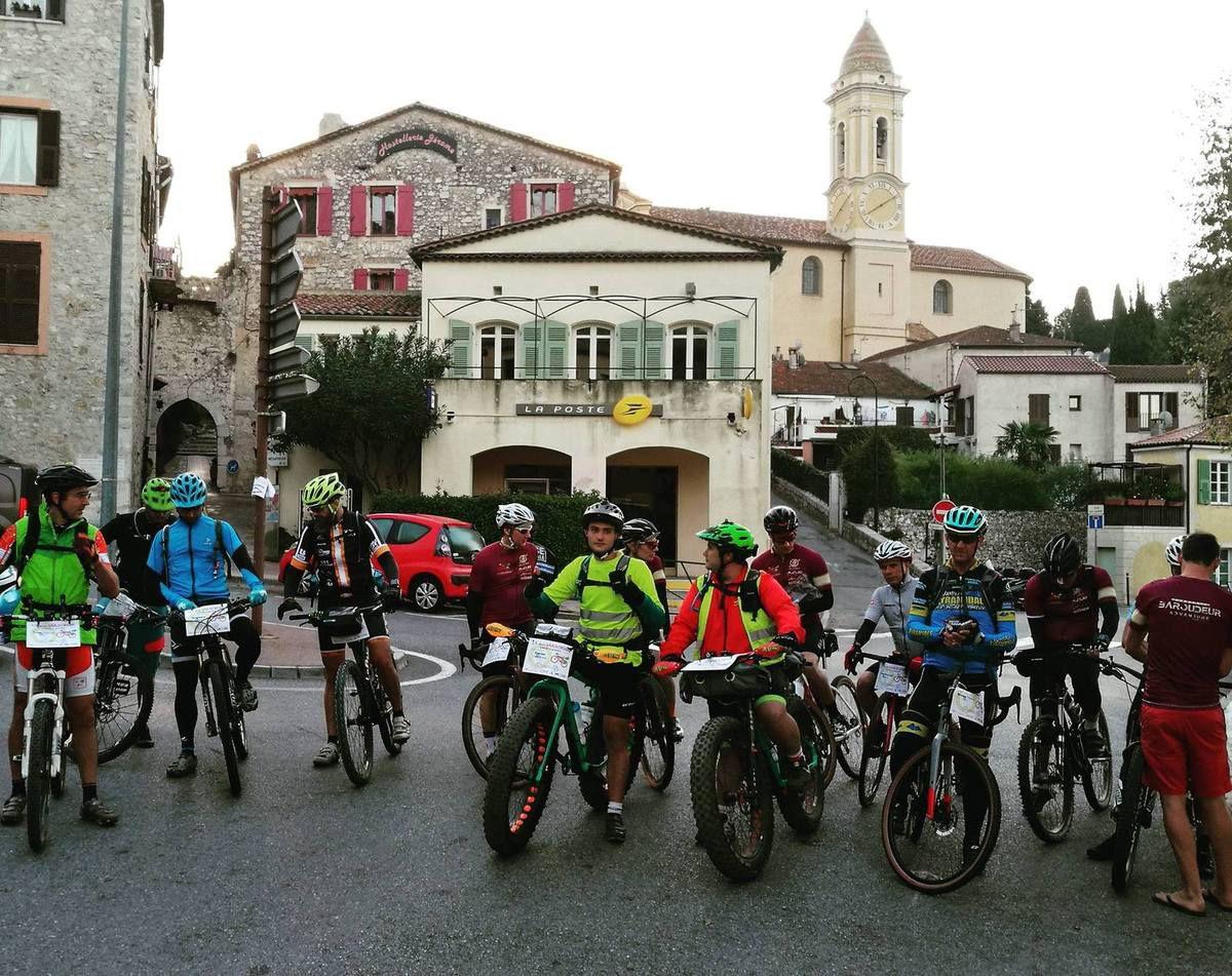 La Baroudeuse 2017,La Turbie, France, 140 km en autonomie compléte bikepacking pour Pascal et Flo.