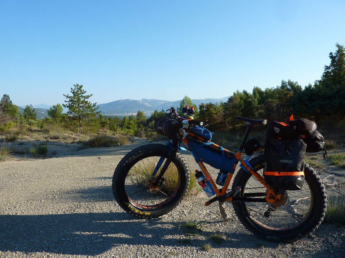 vtt-a-2 BUL Fat Bike Alpes de haute provence.