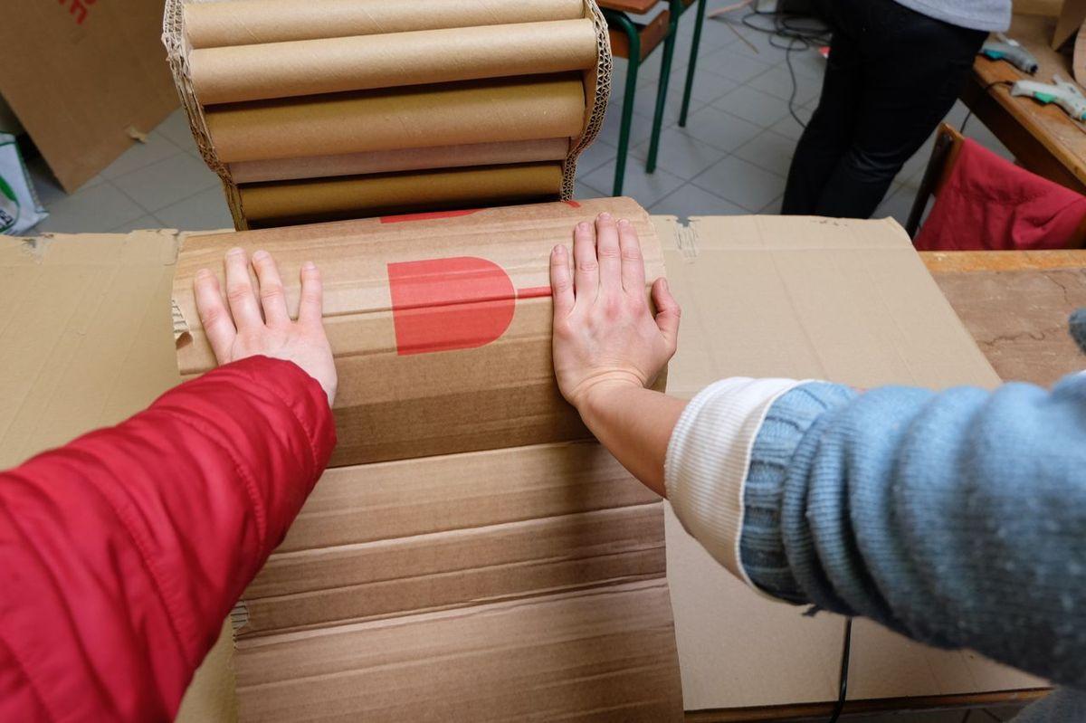 Stage fabrication de meubles en carton