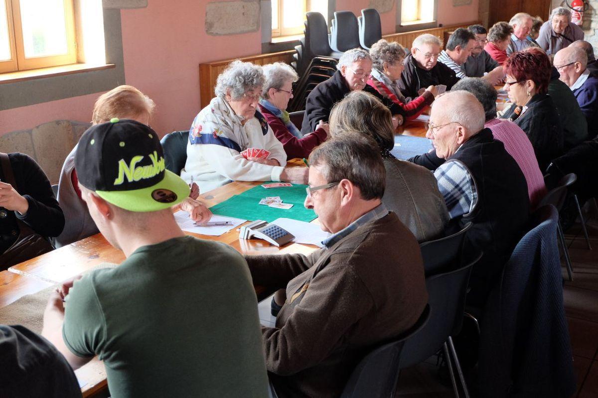 Concours de belote du club du Pont des Fées