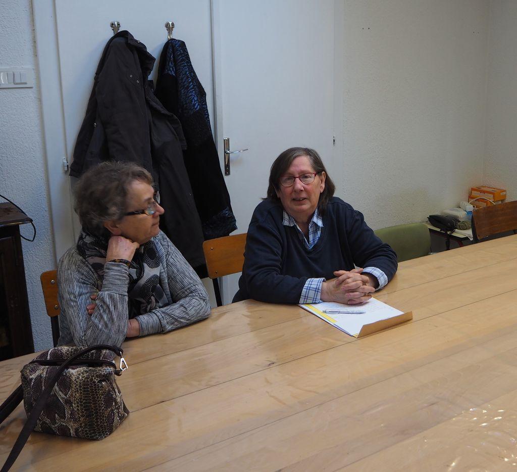 Mmes Gornet, maire de la Vôge les Bains,  Joëlle Lacercat, présidente, à droite.