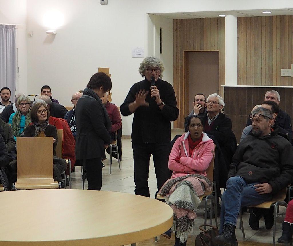 Grand débat à La Chapelle aux Bois