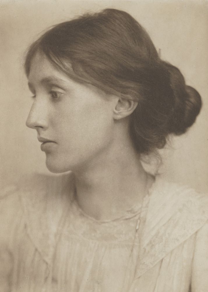 Virginia Stephen by George Charles Beresford, July 1902 © National Portrait Gallery, London,  source : The Huffingtonpost - voir lien ci-dessous.