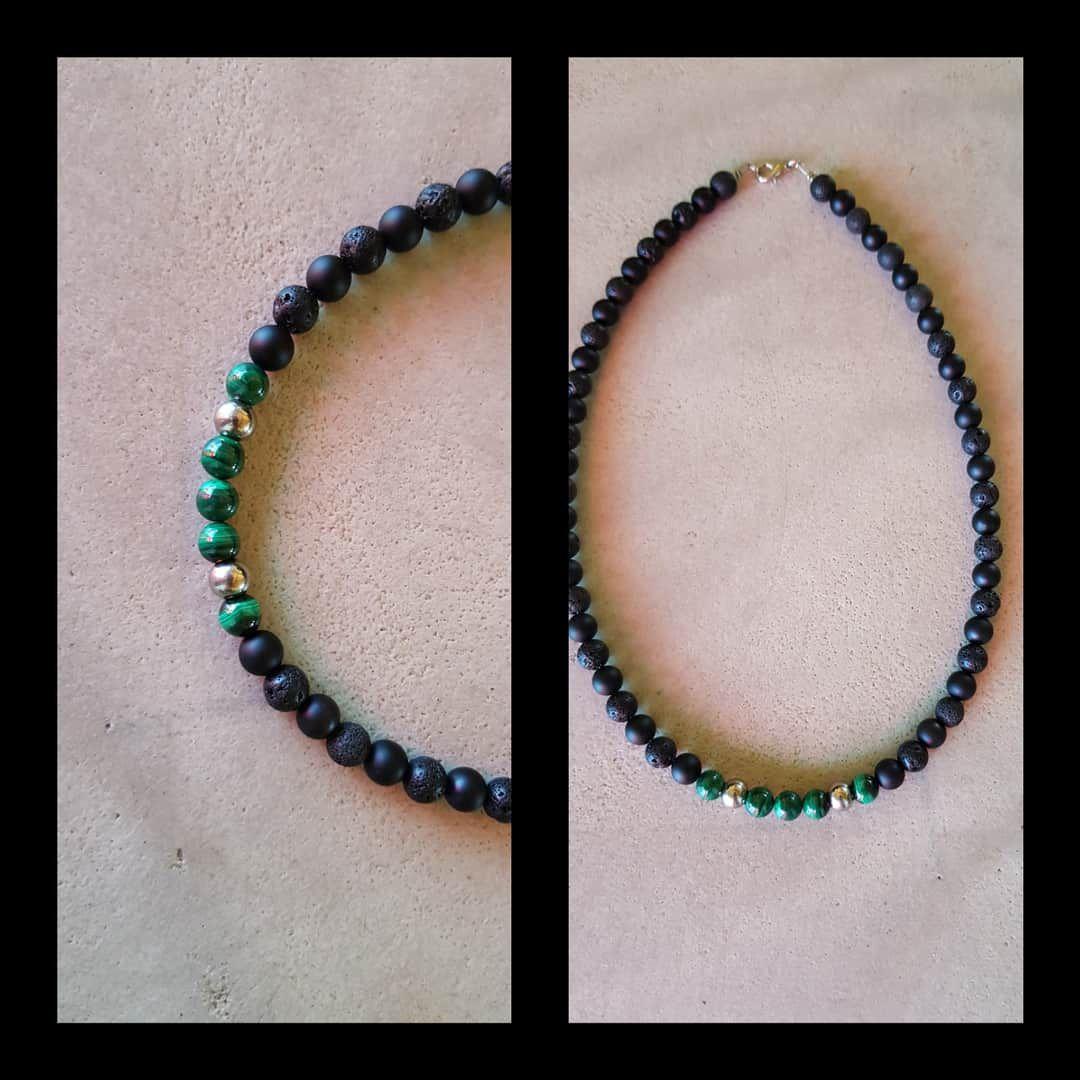 Collier onyx, pierre de lave, malachite et perles acier