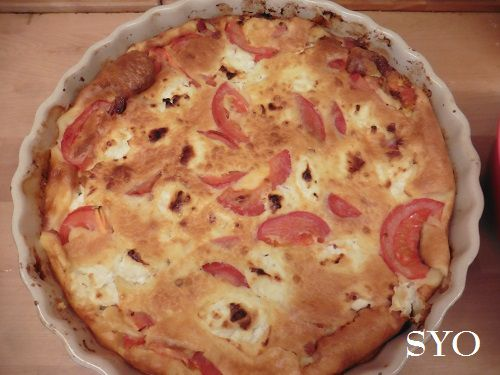 Quiche mousseuse sans pâte: chèvre, tomates et graines de sarrasin