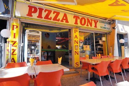 A Hyères, un lieu incontournable: Pizza Tony!