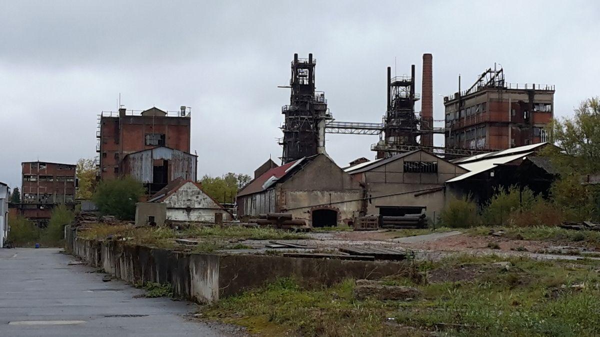 L'abandon programmé de l'INDUSTRIE FRANÇAISE : moins d'ouvriers d'industrie, moins de graines de révolutionnaires...?