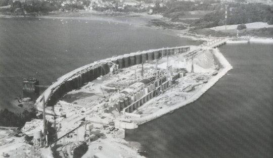 1966. Mise en service du barrage de la Rance