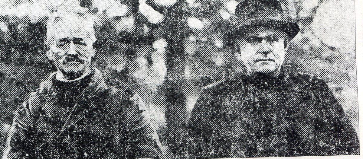 Nicolas Le Grand, à gauche, avec le maire de Rouduallec.