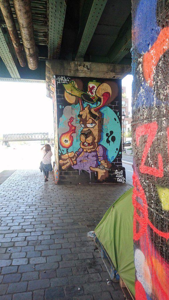 Street art dans le 19eme, quai de Loire (Paris)