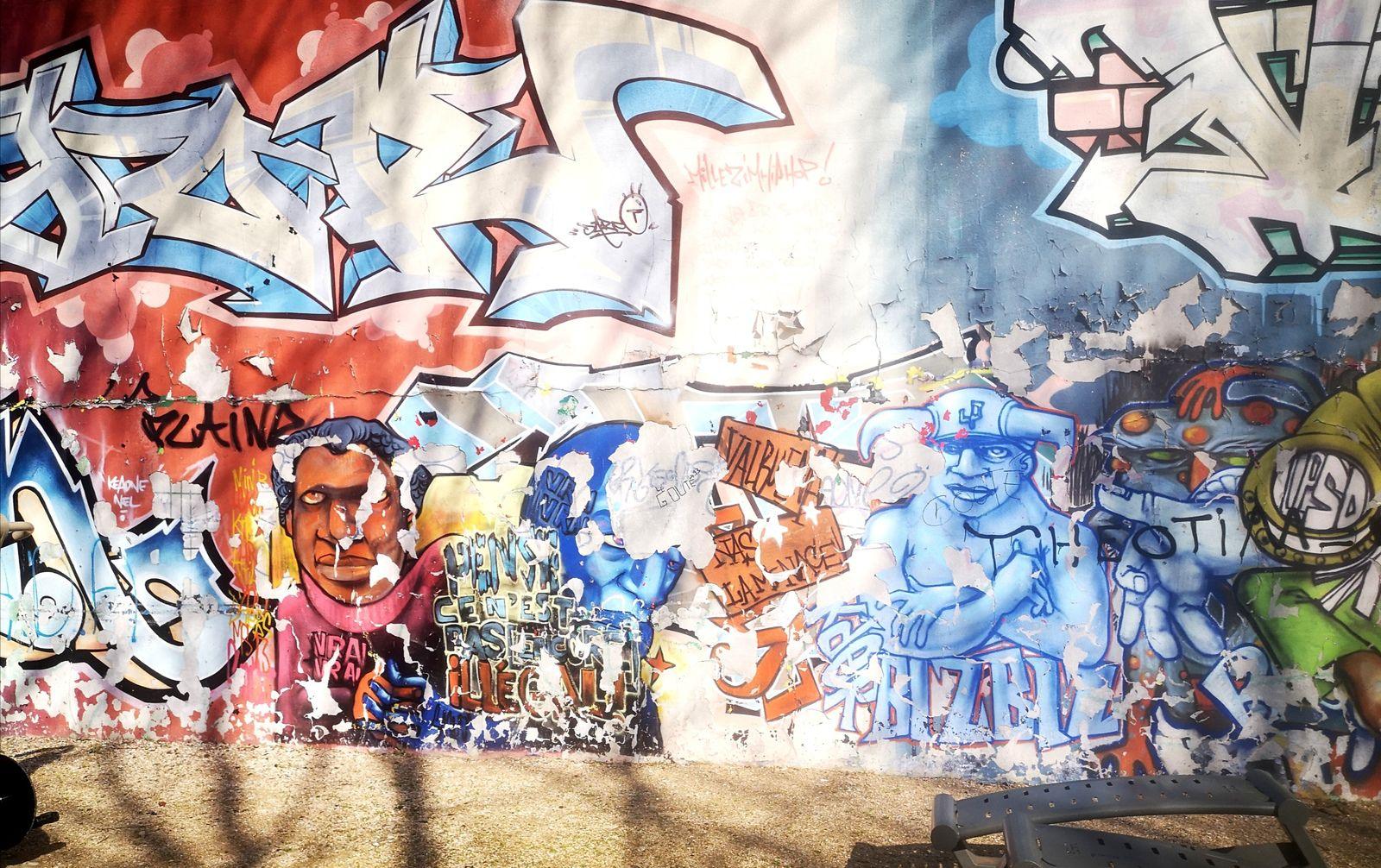 Street art au square Diderot (Saint-Denis)