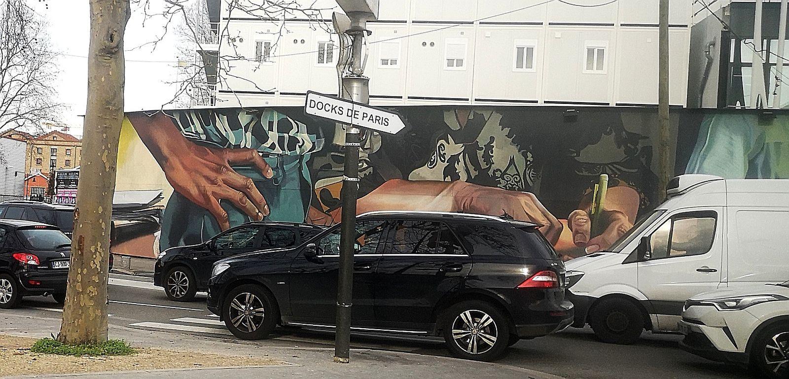 Fresque porte d'aubervilliers sur les métiers d'art.