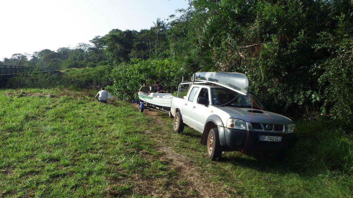 Chronique guyanaise, la remontée du fleuve, 25 mars 2014