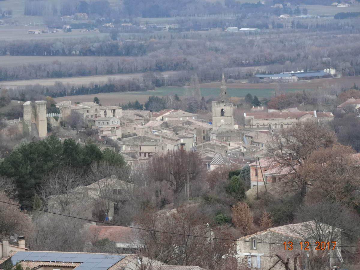 Randonnée La chapelle St-Julien  à Grâne