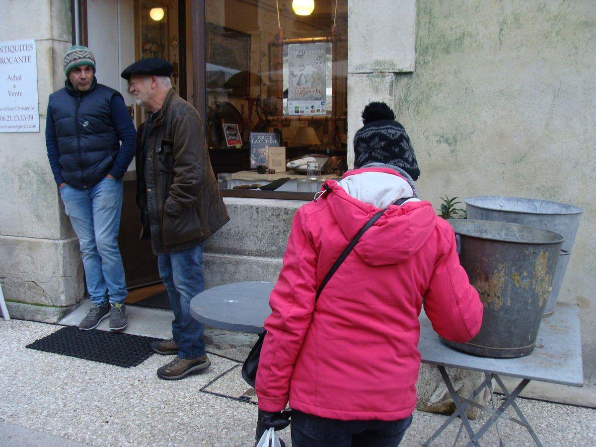 Mon dimanche  au Restaurant La Clandestine et  Foire aux fruits d'hiver de Saoû