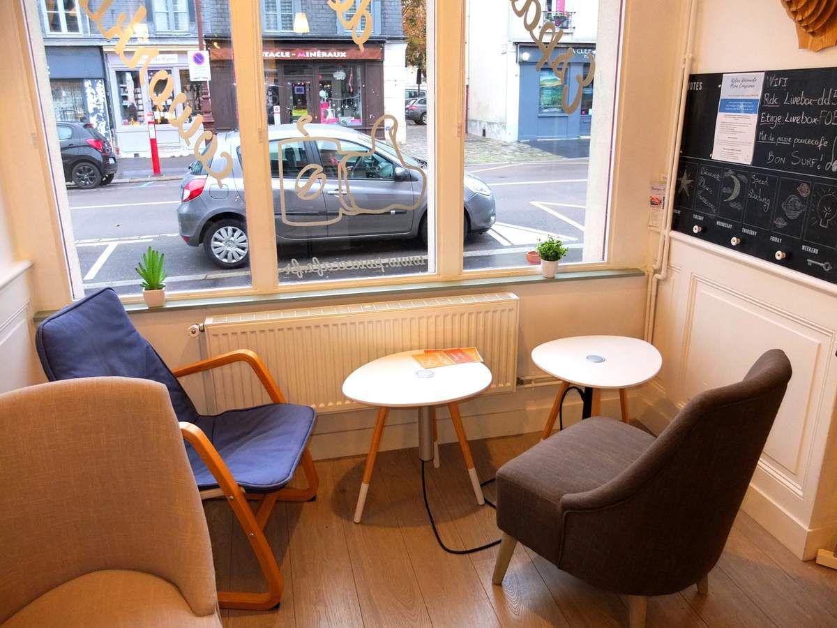 Le Pouce Café, espace de coworking à Versailles