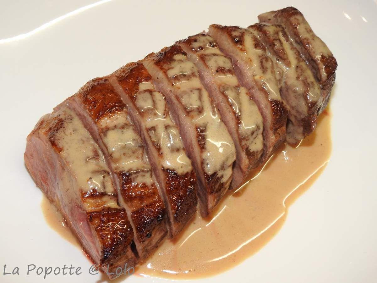 Magret de canard, sauce au foie gras