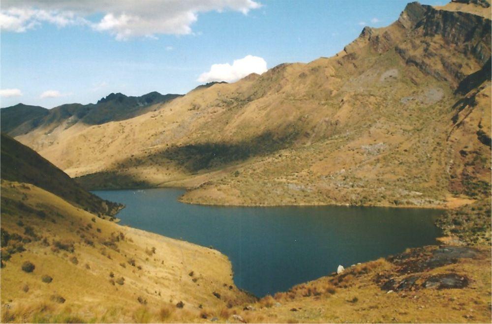 La lagune de Huecrococha à 4010m