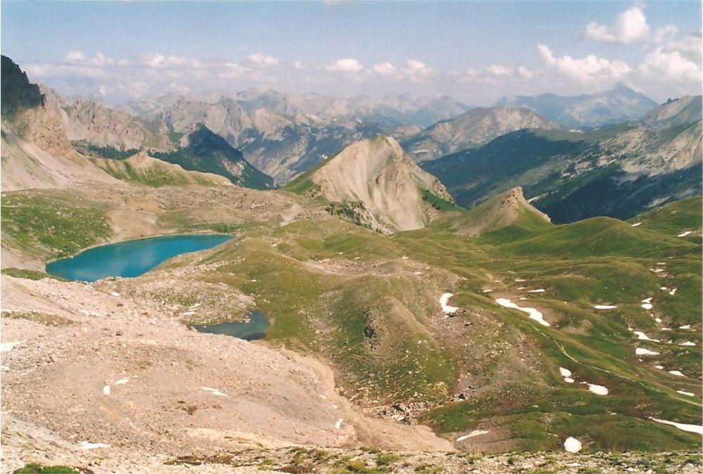 Le lac St Anne vu du col Girardin