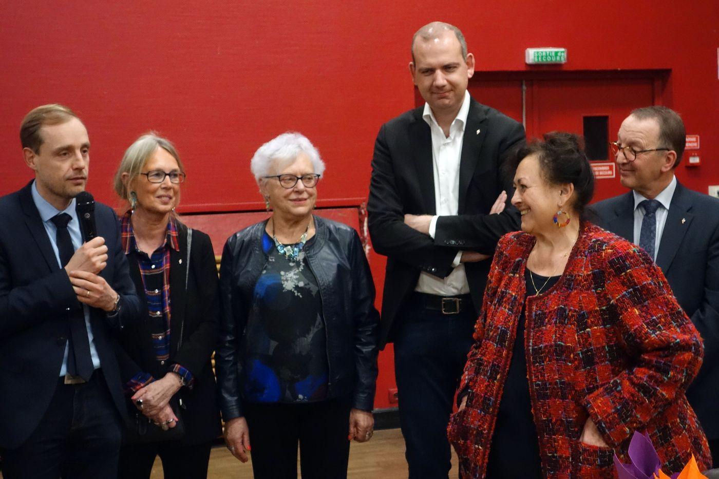 La Présidente, Chantal PAGNIER en présence de la Municipalité