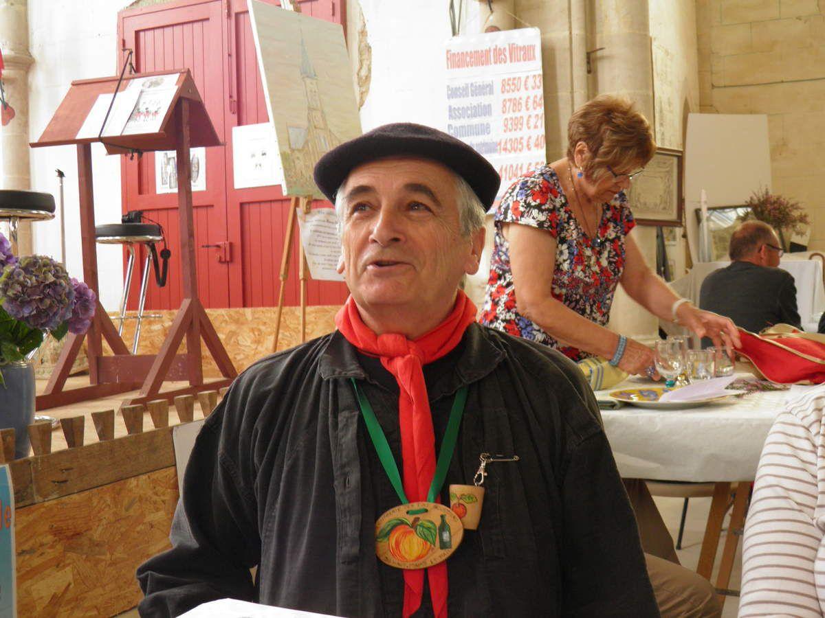 Michel, le Grand Maistre de la Confrérie.