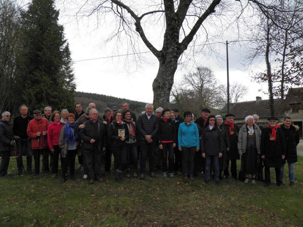 Les participants à l'inauguration du sentier Rando'clim le samedi 7 avril.