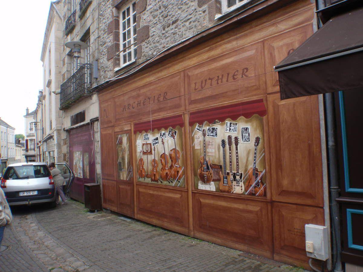 Un trompe-l'œil à  l'entrée de la Place Thiers.