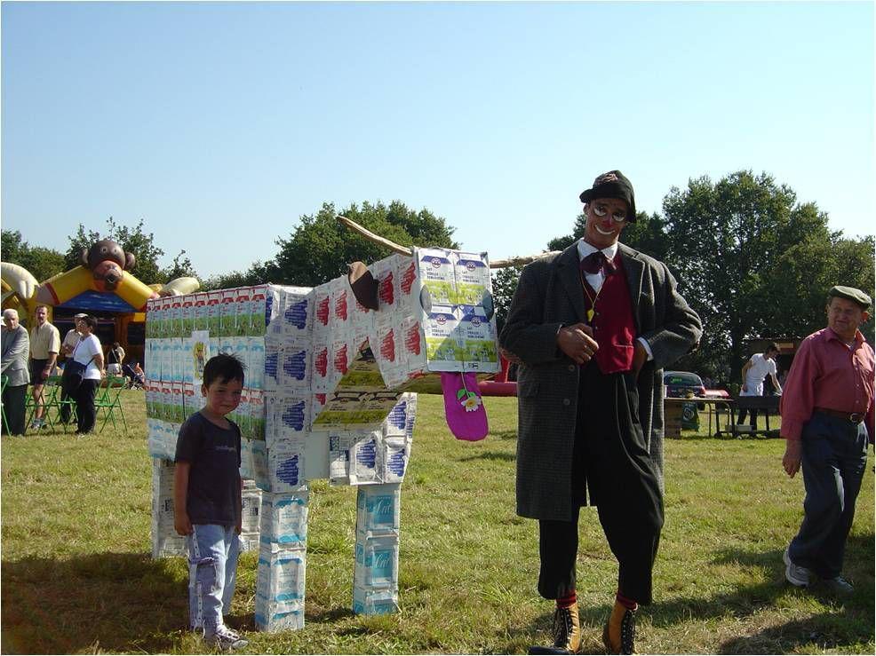 En septembre 2004, les Orsola animent la fête.