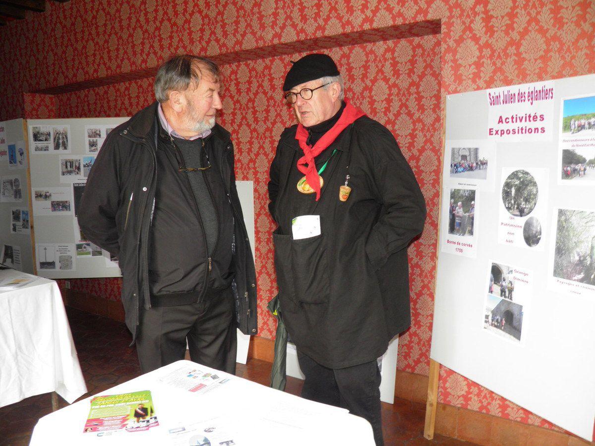 François Bourgoin de l'association de Saint-Julien et un de nos confrères.