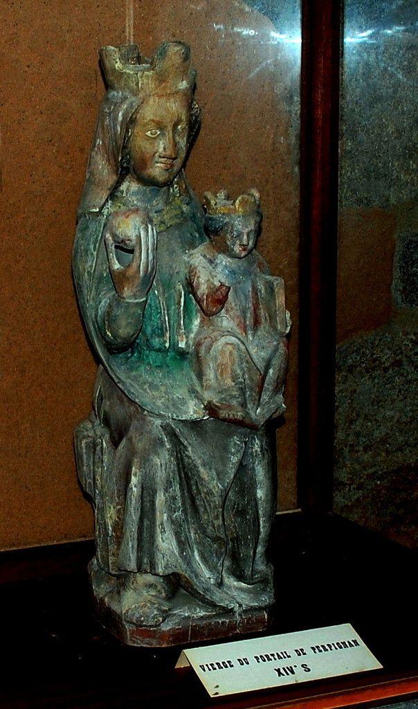 Vierge du Portail de Perpignan 14ème siècle