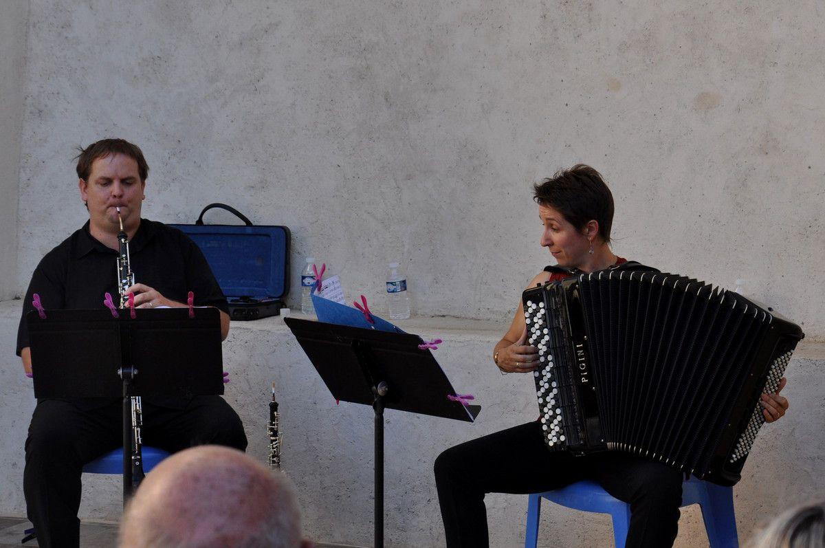 Duo SVP en concert à Latour de France