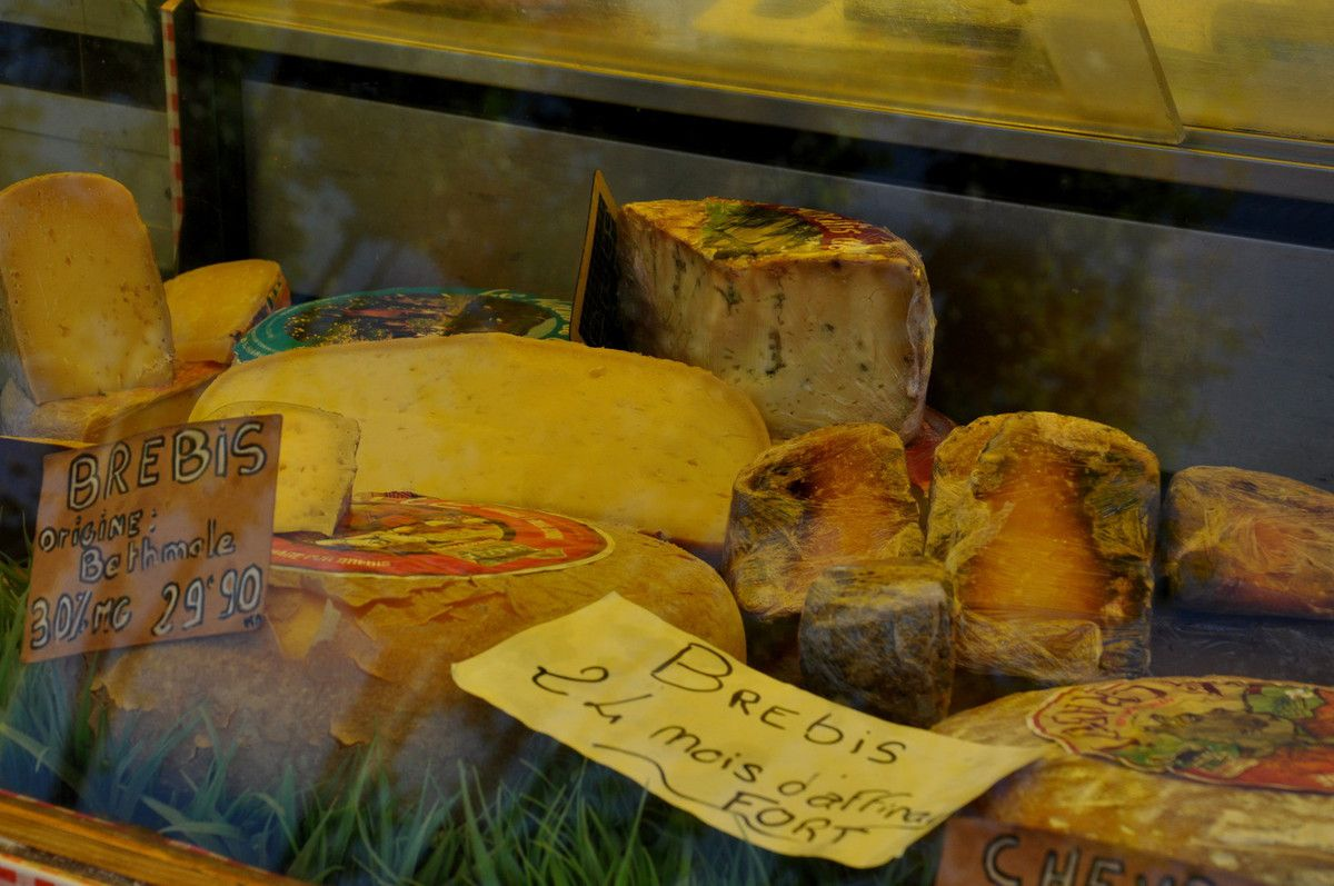Des fromages.