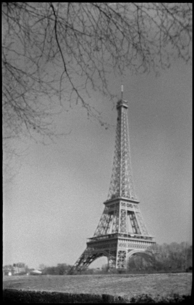 Photo taken in Paris with a Jaeger-LeCoultre Compass camera -®Jean-Philippe Hussenet_05
