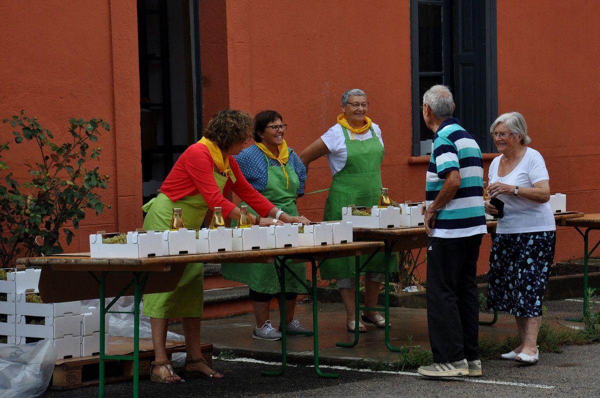 Les 4 stands pour la 9ème fête du jaoumet à Cases de Pène.