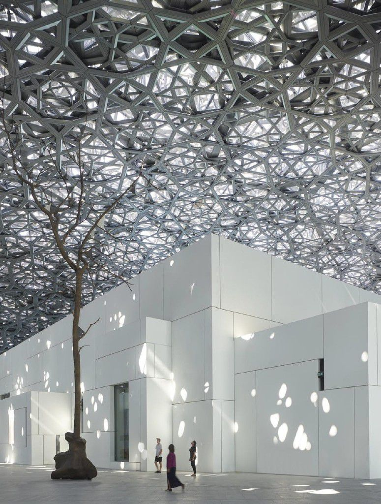 Le Louvre Abu Dhabi, nouveau musée-phare du  21è  siècle