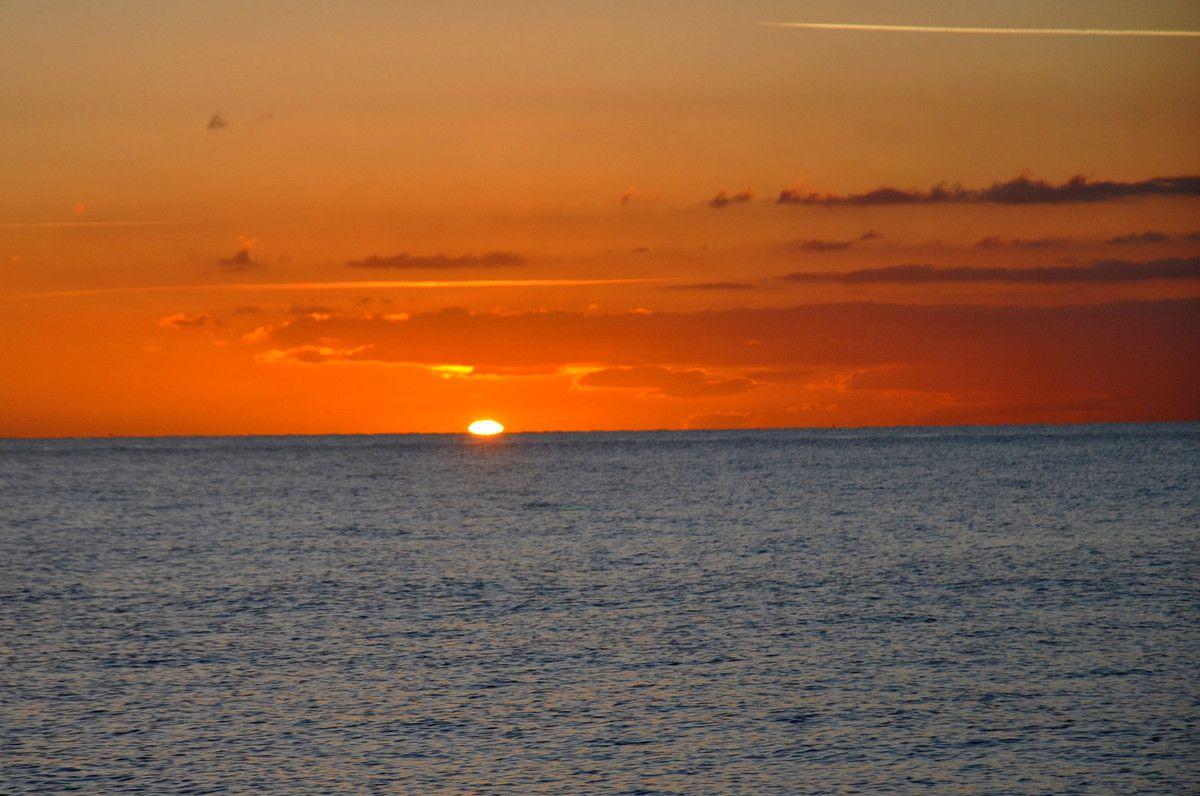 Le soleil levant arrive