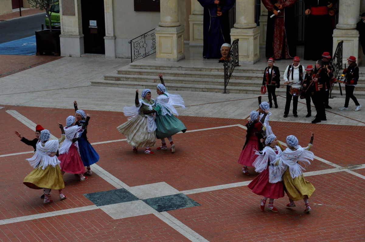 Danse catalane.