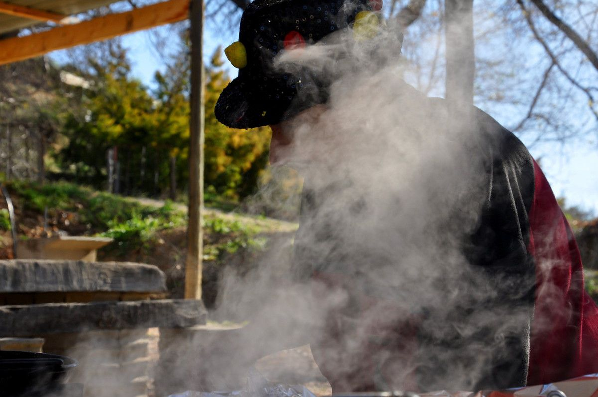 Le repas avec Patrice dans la fumée.