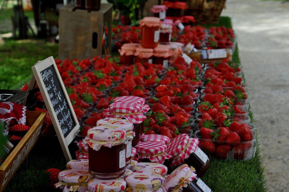 Etal de fraises.