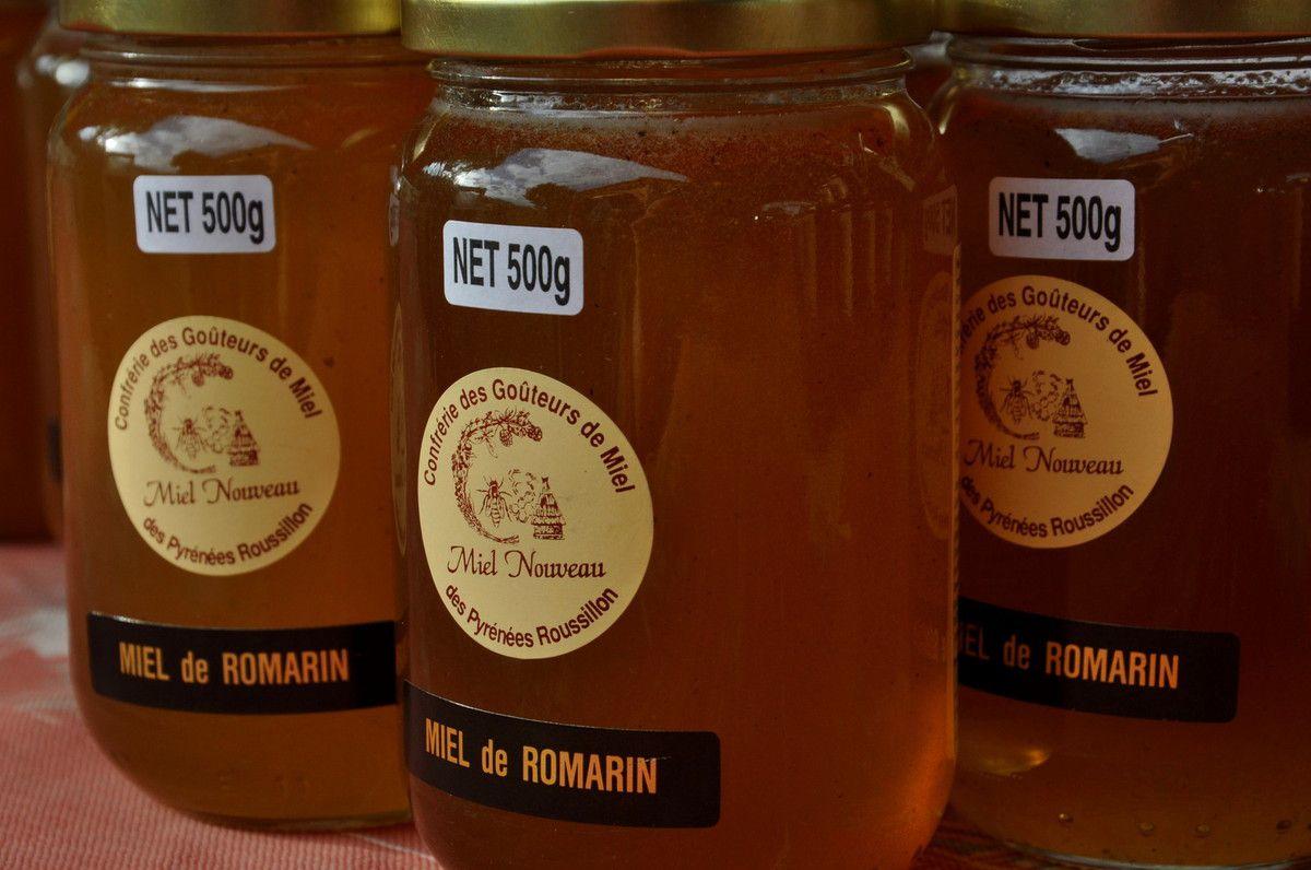 Les pots de miel nouveau.