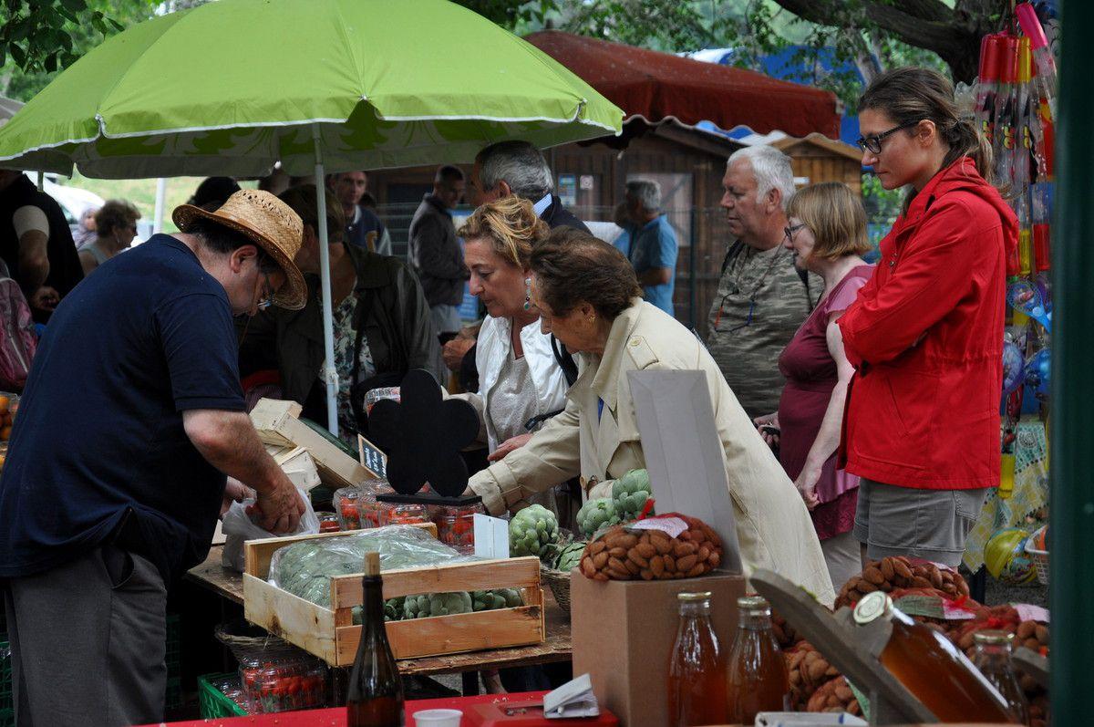 L'organisateur André Bartrina en dépanage pour les fraises
