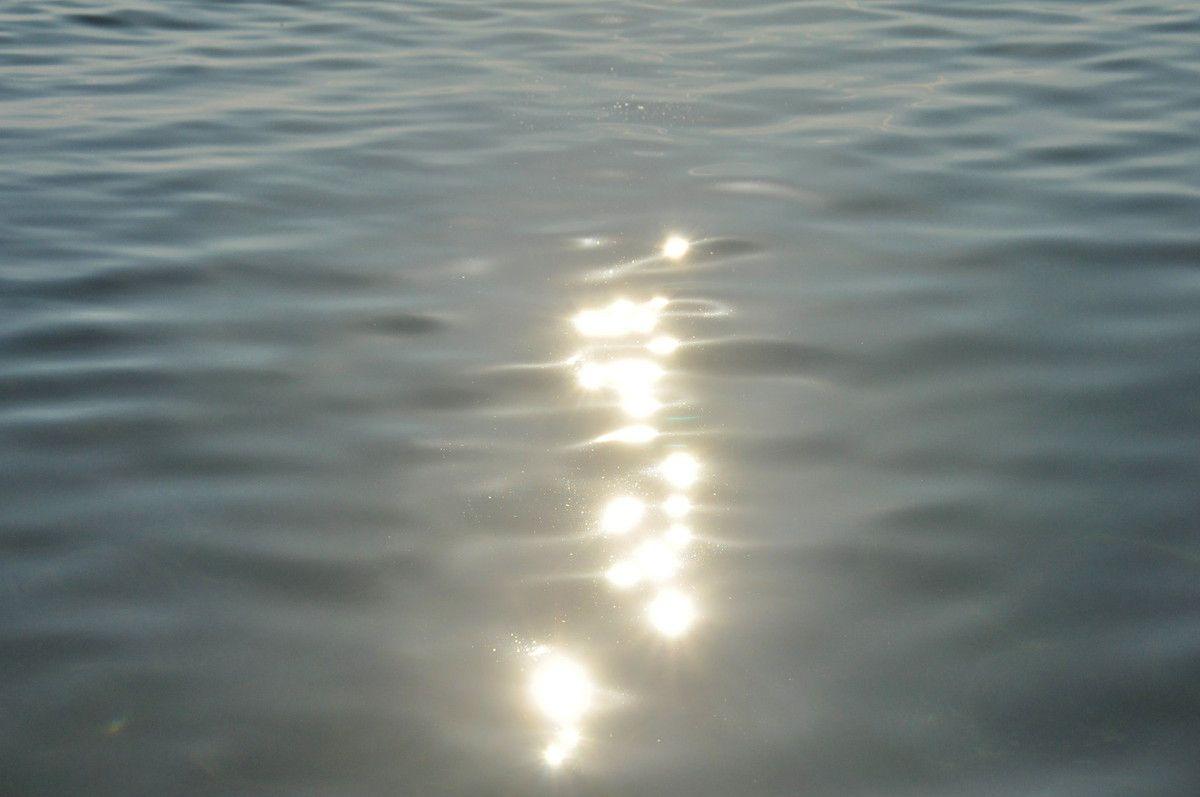 Dédicace pour toutes les personnes qui n'auront pas le bonheur de la voir en vrai. En plus l'eau est bonne.