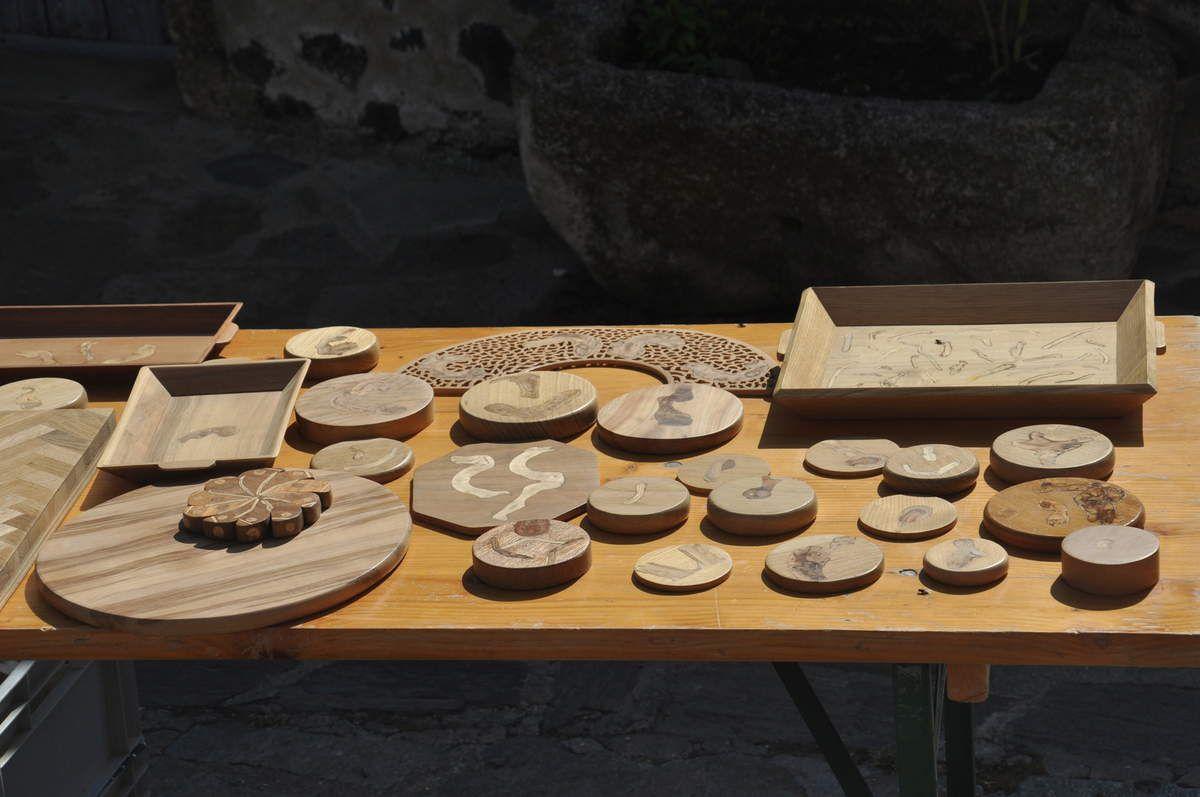 La table d'exposition du menuisier ébéniste de Montner