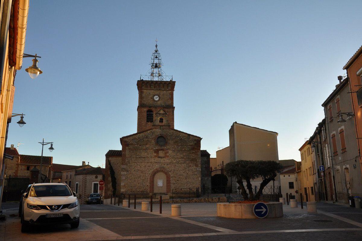 C'est à-coté de l'église que se trouve la salle d'exposition.